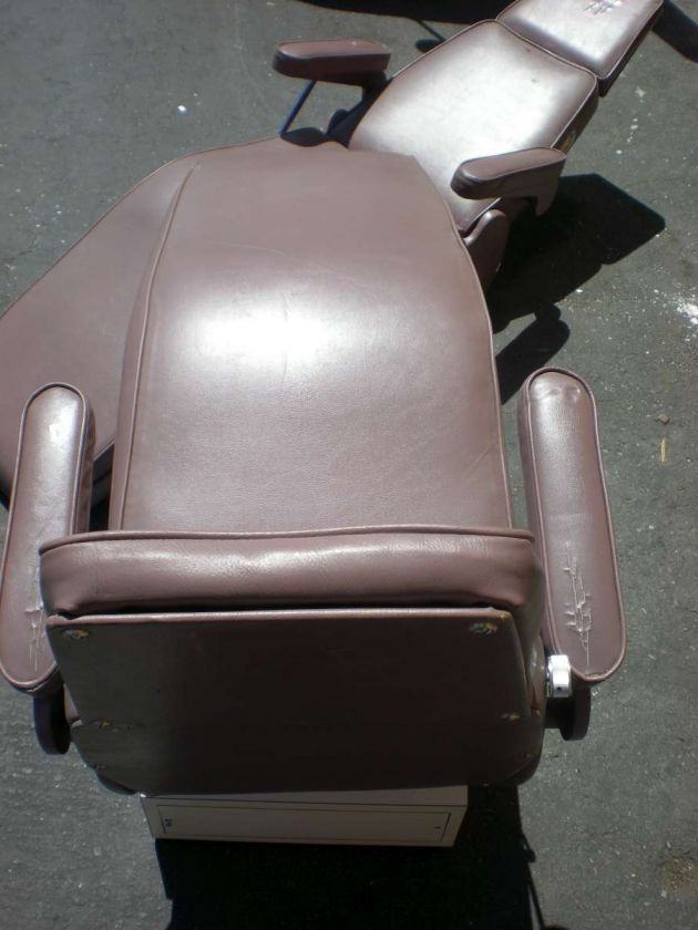 Lot 2 Dome Dental Patient Orthodontic Exam Chairs